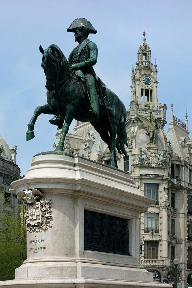 D. Pedro IV - Praça da Liberdade