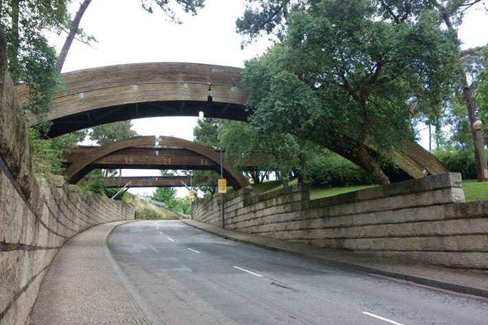 Os pontões que unem as duas partes do Parque da Pasteleira