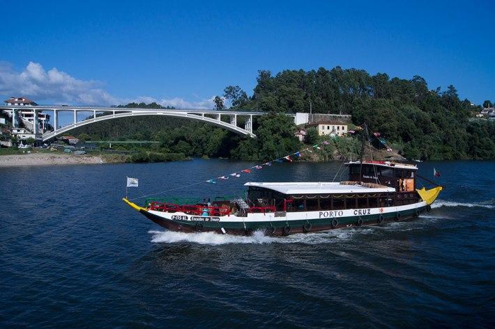 Foz do Rio Sousa - Ponte, igual à Ponte da Arrábida, que serviu como teste