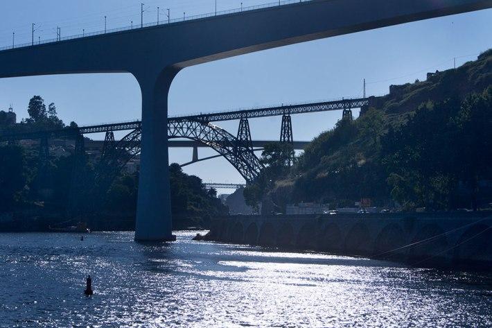 Quatro das seis pontes do Porto - S.João, Maria Pia, Infante D. Henrique e Luís I